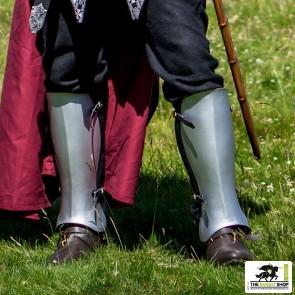 Knight Errant Greaves (Leg Armour)